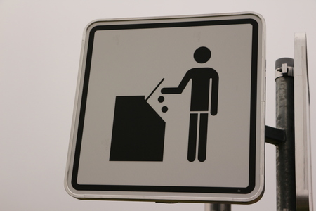 Sign: Dump the trash in the dustbin, please Stock fotó