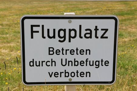 Information sign at the glider airfield on the Wasserkuppe in the Rh?n Foto de archivo - 128391139