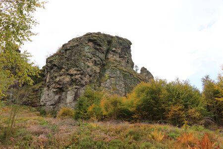 View of the Bruchhauser stones in the Hochsauerland Standard-Bild - 133052929