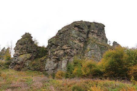 View of the Bruchhauser stones in the Hochsauerland Standard-Bild - 133052930