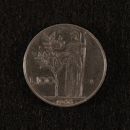 Obverse of a former Italian 100 lire coin