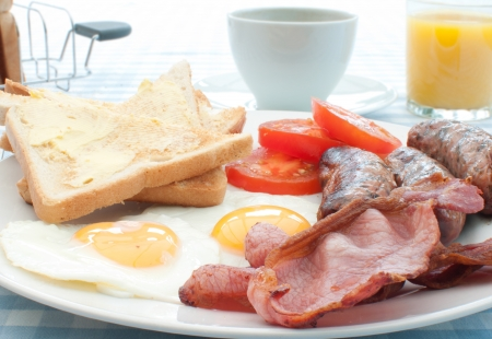 Cooked breakfast Stock Photo - 15580335