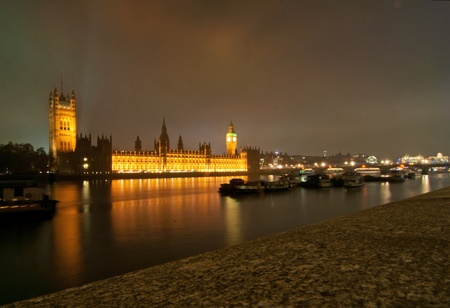 London Big Ben and Houses of Parliament Stock Photo - 16720376