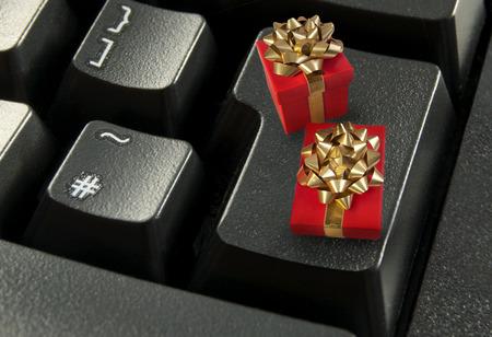 Christmas online shopping photo