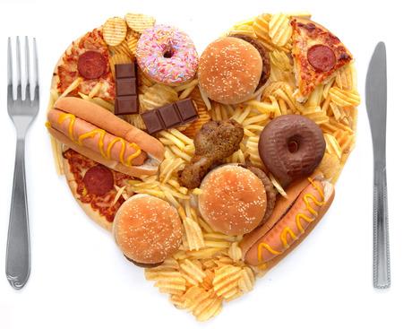 comida chatarra: alimentos chatarra forma de corazón