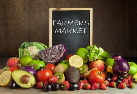 Mercado de agricultores Foto de archivo - 45300155