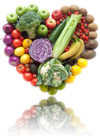 ハート形の果物と野菜