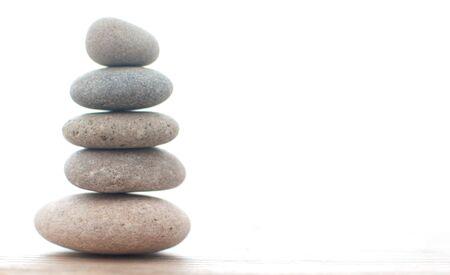 Zen yoga spa stones balanced on one another Standard-Bild - 124679984