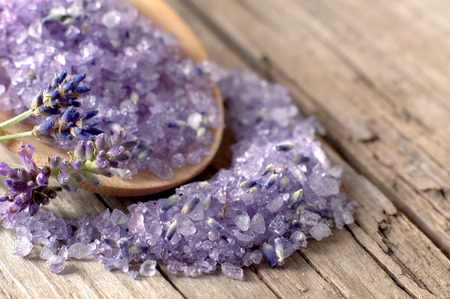 himalayan salt: Bath salt with fresh lavender on Weathered Wood