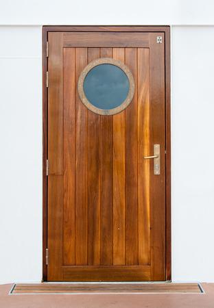Porte sur le bateau de croisière Banque d'images