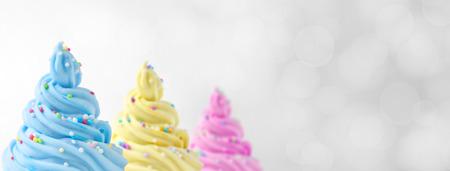 yogur: colorido suave de hielo crema de bandera