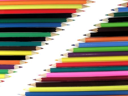 Crayons diagonally      photo