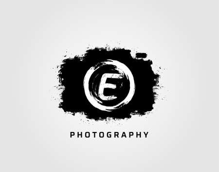 Photography letter E logo design concept template. Rusty Vintage Camera Logo Icon.