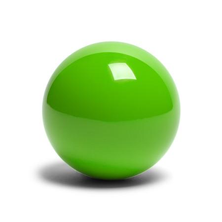 bola de billar: Duro bola de piscina verde aislado en el fondo blanco. Foto de archivo