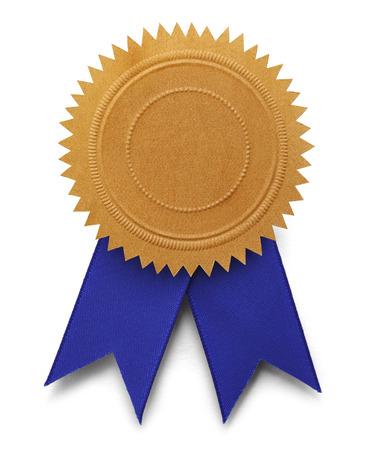 コピー スペースと白い背景で隔離の青リボンとゴールドのエンボス シール。 写真素材