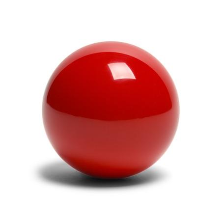 bola de billar: Bola de piscina duro rojo aisladas sobre fondo blanco.