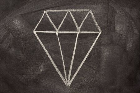 rough diamond: A modern, pictorial sign for crystal, depicting a common way of cutting diamonds. It is often used on jewellers. Rough sketch with white chalk on a blackboard.