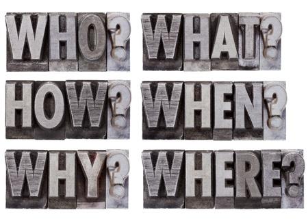brainstormen of besluitvorming vragen - wie, wat, waar, wanneer, waarom, hoe - een collage van losse woorden in vintage, grunge, metal boekdruk blokken Stockfoto