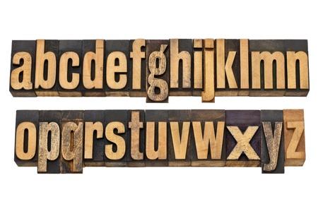Completa alfabeto inglese, minuscolo, in due righe isolate - d'epoca in legno blocchi per stampa tipografica Archivio Fotografico - 12358988