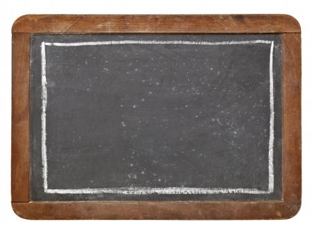 grunge vintage leisteen schoolbord met wit krijt rechthoek, geïsoleerd op wit Stockfoto