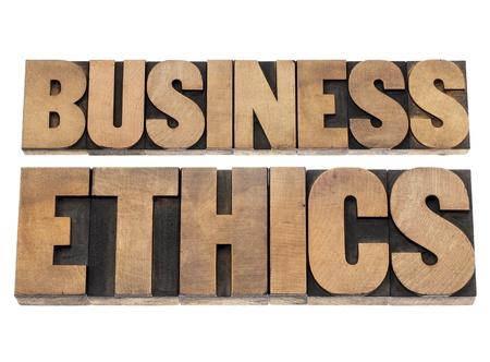 etica empresarial: �tica en los negocios - texto aislado en bloques de impresi�n de tipograf�a de madera de tipo