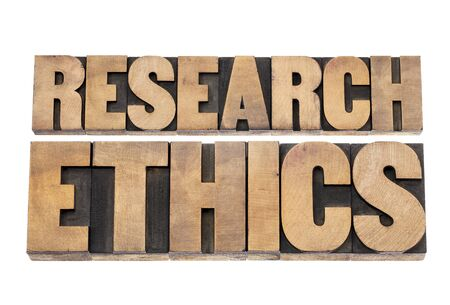 etica: ética de la investigación - texto aislado en bloques de madera de impresión de tipo de tipografía