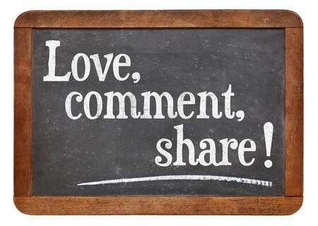 愛、コメント、共有 - ビンテージ スレート黒板ソーシャル メディア コンセプト 写真素材