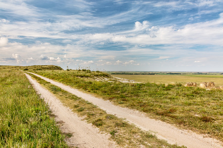 castle rock: ranch road over prairie in eastern Kansas near Castle Rock, summer scenery, Stock Photo