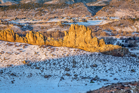 loveland: Devils Backbone rock formation at foothills of Rocky Mountains in northern Colorado near Loveland, winter morning scenery Stock Photo