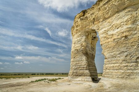 tiza formaciones en las rocas del monumento señal natural nacional en el condado de Gove, Kansas occidental