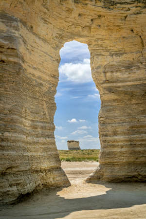erosion: a keyhole in chalk formations at Monument Rocks National Natural Landmark in Gove County, western Kansas Stock Photo