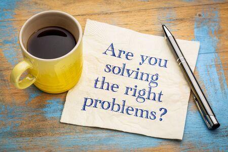 あなたは正しい問題を解決していますか?エスプレッソコーヒー1杯でナプキンに手書き