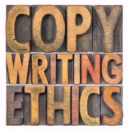 Copywriting Ethik - isolierte Wortzusammenfassung in Vintage-Buchdruck-Holzart