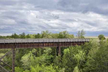 multi-use recreational Cowboy Trail in northern Nebraska - a long trestle over Long Pine Creek Stok Fotoğraf
