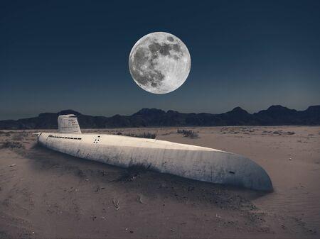 Un viejo submarino está atrapado en la arena del desierto por la noche.