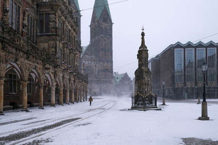 The market square in Bremen during a snow storm