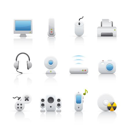 Computer and multimedia icon set Vetores
