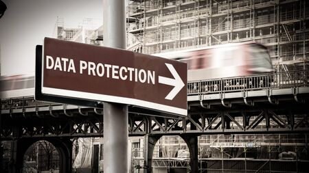 Street Sign the Direction Way to DATA PROTECTION Stockfoto
