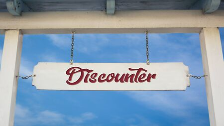 Street Sign the Direction Way to Discounter Imagens
