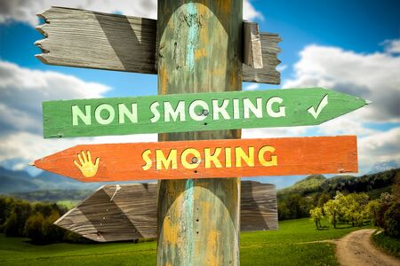Street Sign the Direction Way to Smoking versus Non Smoking 版權商用圖片