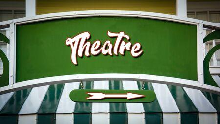 Street Sign the Direction Way to Theatre Zdjęcie Seryjne