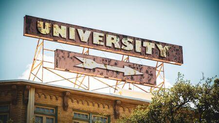 Street Sign the Direction Way to University Reklamní fotografie