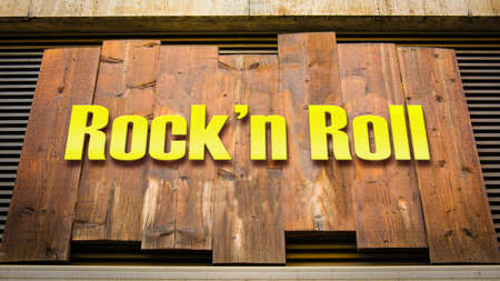 Street Sign the Direction Way to Rockn Roll 스톡 콘텐츠