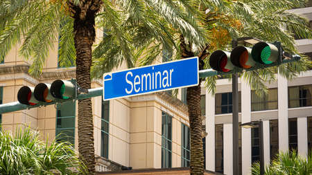 Street Sign the Direction Way to Seminar Imagens