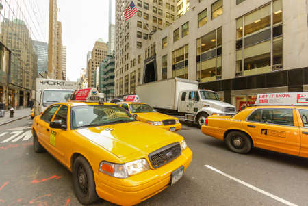 Taxi and other traffic on Third Avenue in Manhattan, New York, USA