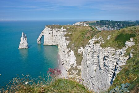 View of the cliffs of Etretat in Normandy, France 版權商用圖片