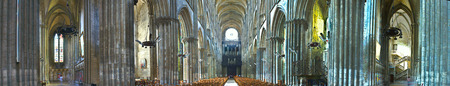 panoramic view of Notre-Dame Cathedral in Rouen 報道画像