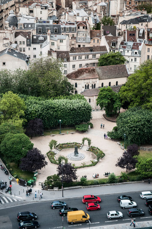 Aerial view of Paris city scape old building, park and street 報道画像