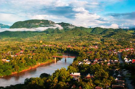 Phu Si, 라오스에서 루앙 피우는 도시 풍경 공중보기