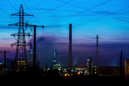 crude oil: Night View on Oil refinery unit in the countryside